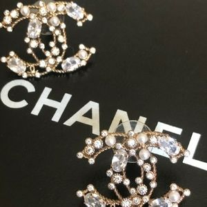Authentic Chanel Pearl & Crystal CC Logo Earring